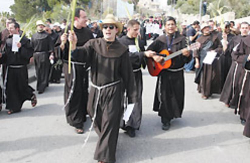Christian tourism 88 248 (photo credit: Ariel Jerozolimski)