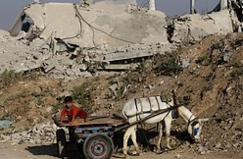 palestinian boy gaza cart 248.88 (photo credit: AP)