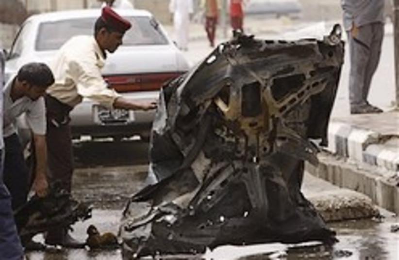 Iraq car bomb 28.88 (photo credit: AP)
