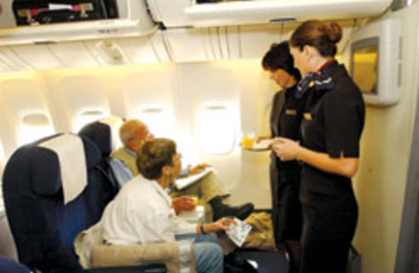 el al stewardess 88 248 (photo credit: Ariel Jerozolimski)