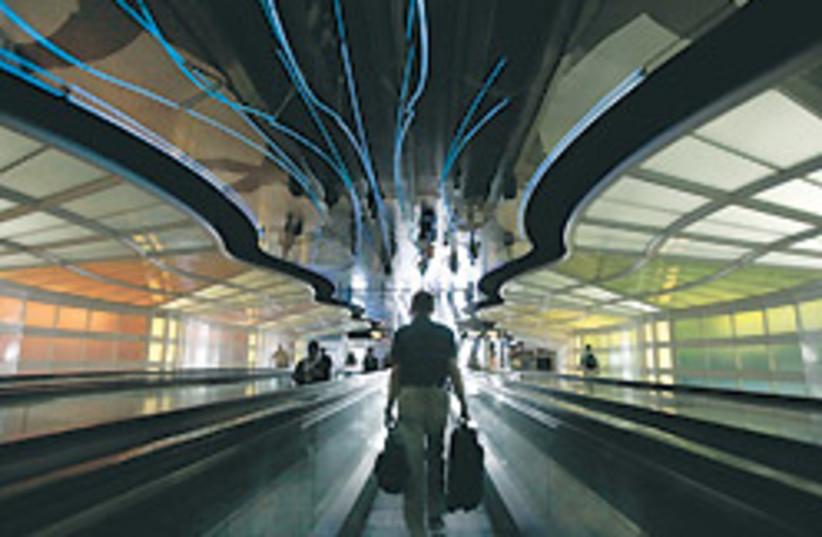 airport travel 88 248 (photo credit: )