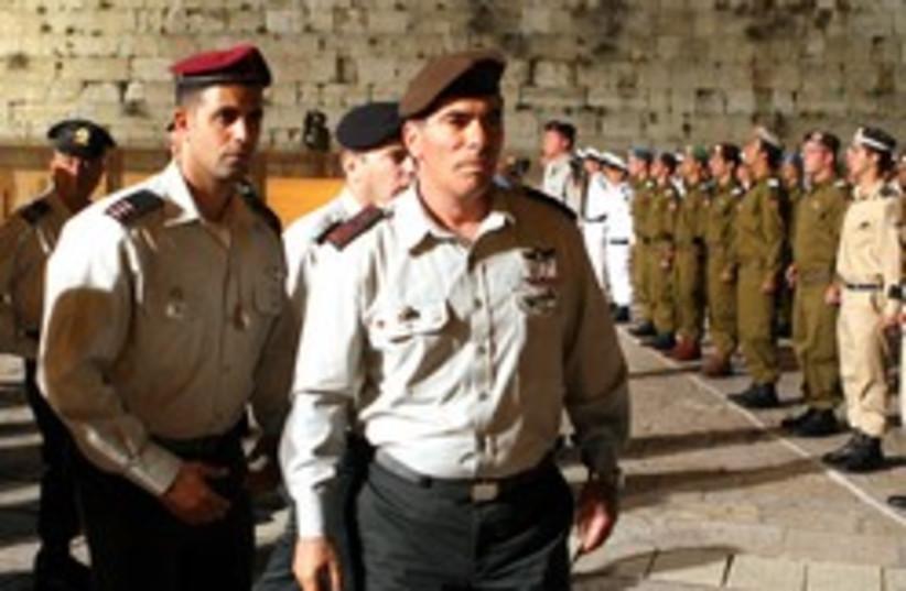 ashkenazi and bodyguards (photo credit: Ariel Jerozolimski [file])