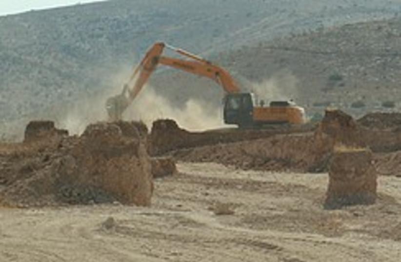 Maskiot construction 248.88 (photo credit: Noa Galili/Peace Now)