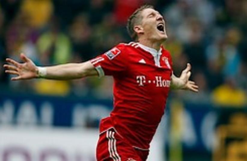 Schweinsteiger 248.88 (photo credit: )