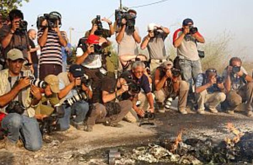 press media photographer (photo credit: Ariel Jerozolimski)