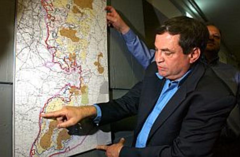 uzi dayan points map 298 (photo credit: Ariel Jerozolimski)