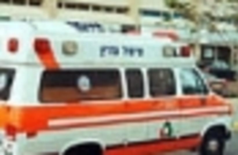 non mda ambulance 88 (photo credit: )