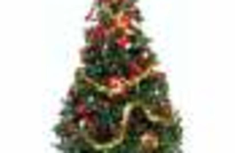 christmas tree 88 (photo credit: )