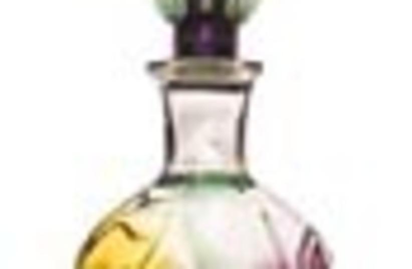 perfume bottle 88 (photo credit: )