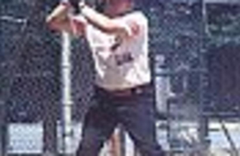 softball 88 (photo credit: )