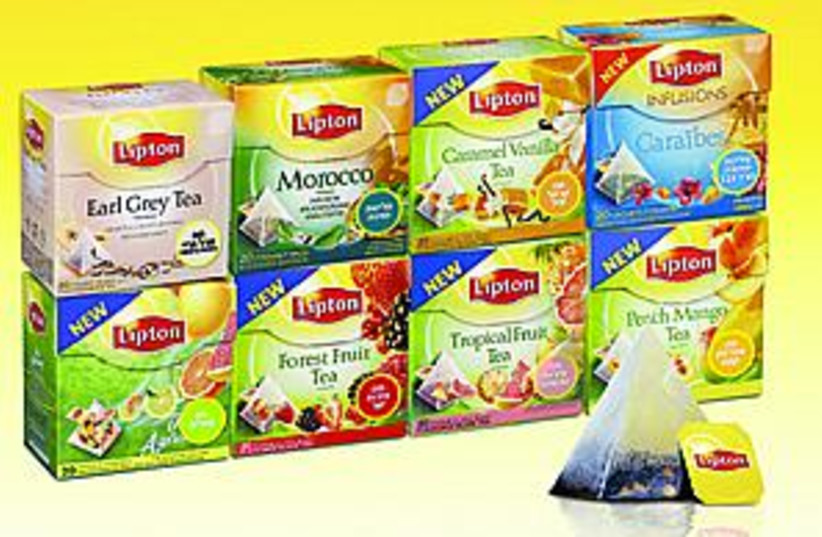 lipton tea 88.298 (photo credit: )