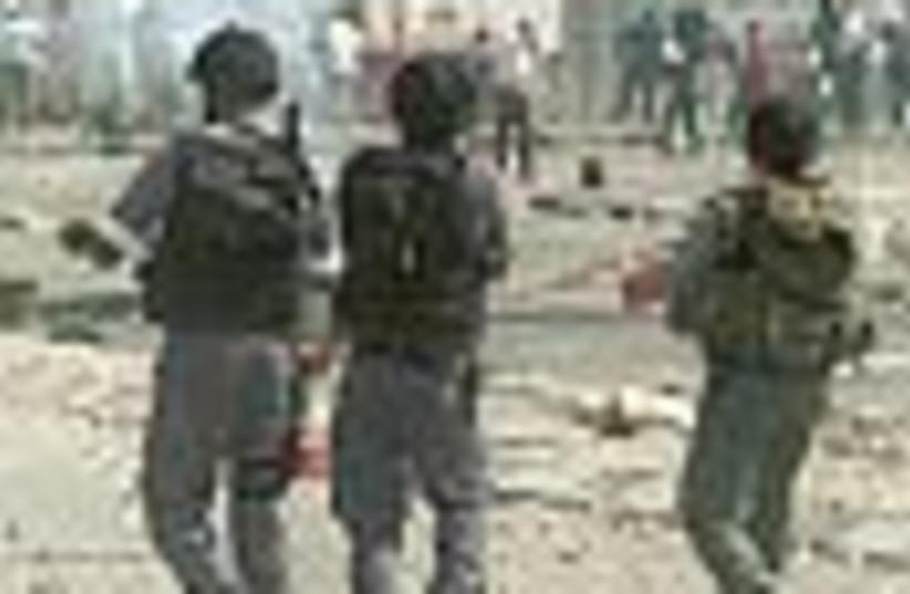 october 2000 riots 88 (photo credit: )