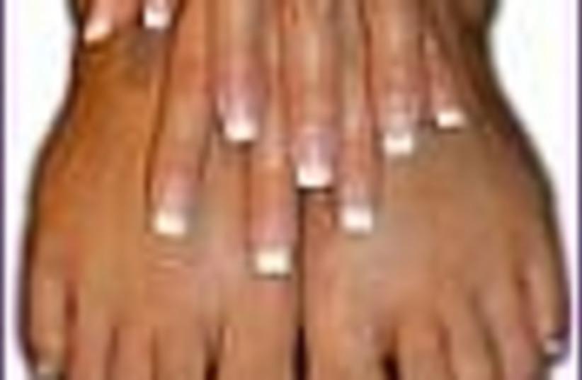 nails 88 (photo credit: )