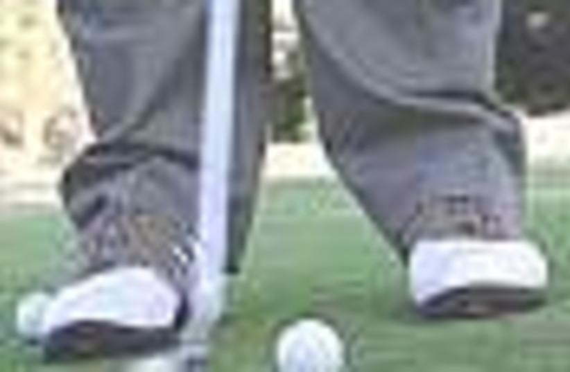golf feet 88 (photo credit: )