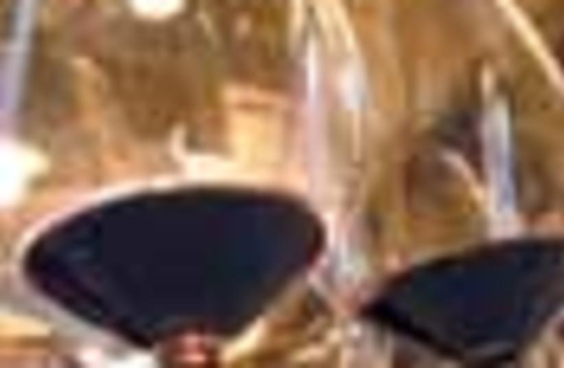 wine glasses 88 (photo credit: )