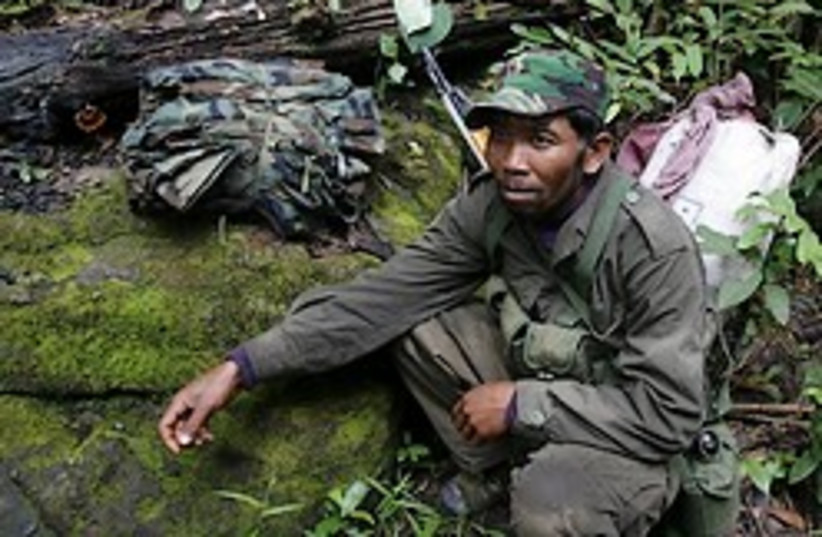 cambodia soldier thai border 248 (photo credit: )