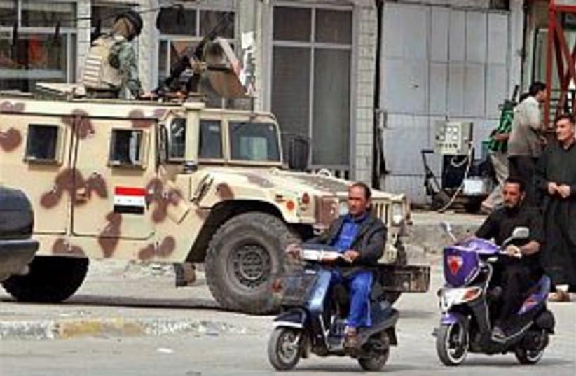 iraq baghdad 298 (photo credit: AP)