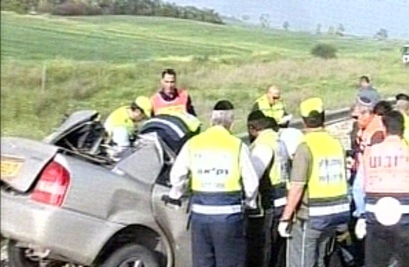 nir yisrael crash 298 88 (photo credit: Channel 10)