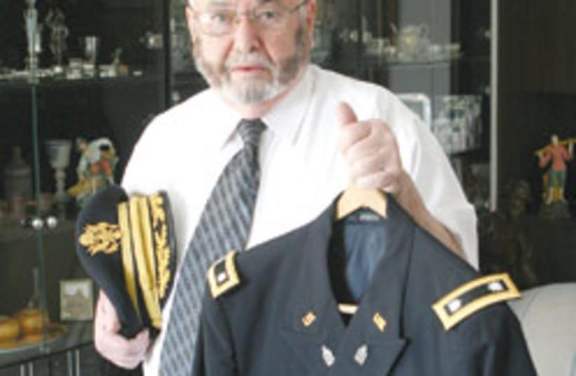 Rabbi Alan Greenspan 88 248 (photo credit: Ariel Jerozolimski)