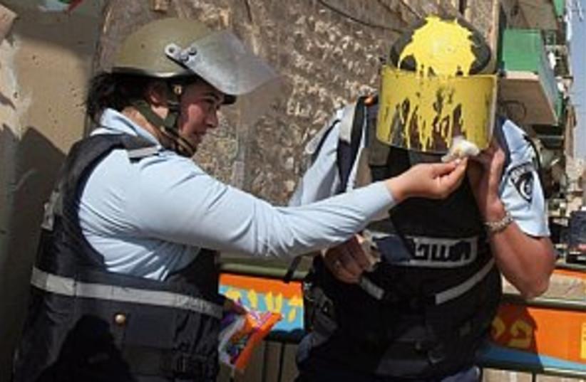 police, settler clash n  (photo credit: AP)