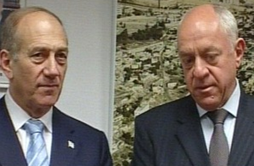 bar on and olmert 298 ch (photo credit: Channel 10)