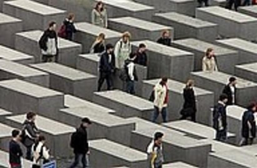 holocaust memorial 224.8 (photo credit: AP [file])
