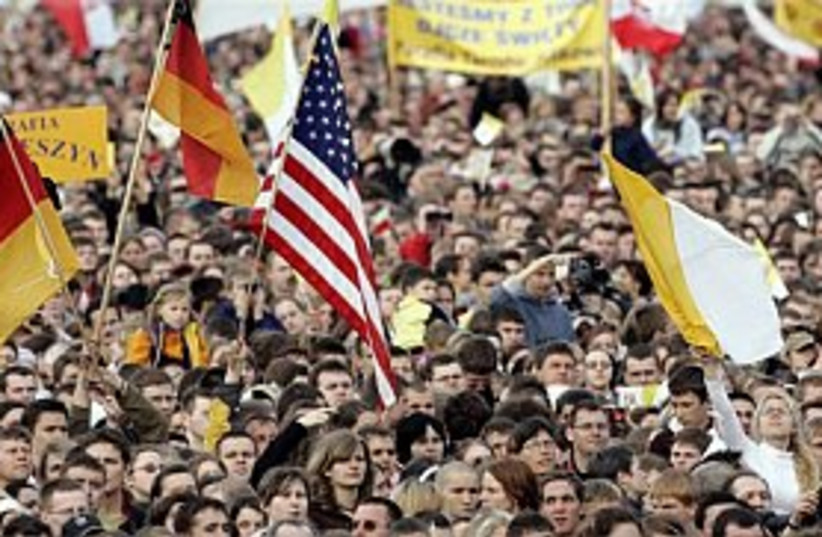 mass in krakow 298 ap (photo credit: AP)