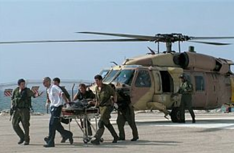airlift soldier 298 ap (photo credit: AP)