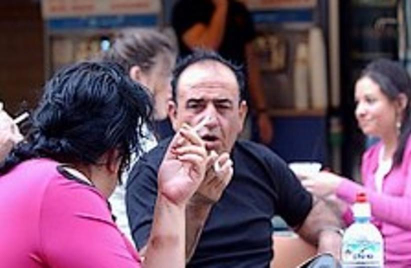 Jlem smokers1 298 (photo credit: Ariel Jerozolimski)