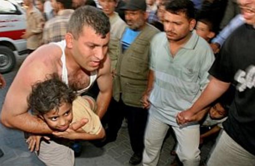 wounded girl gaza 298 (photo credit: AP)