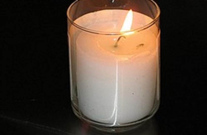 Yahrtzeit candle 248.88 (photo credit: Courtesy )