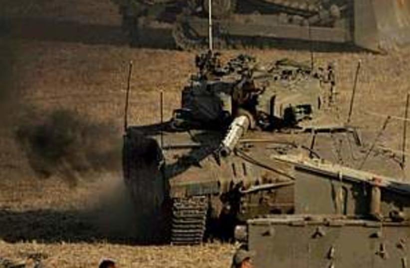 IDF tanks gaza 298.88 (photo credit: AP [file])