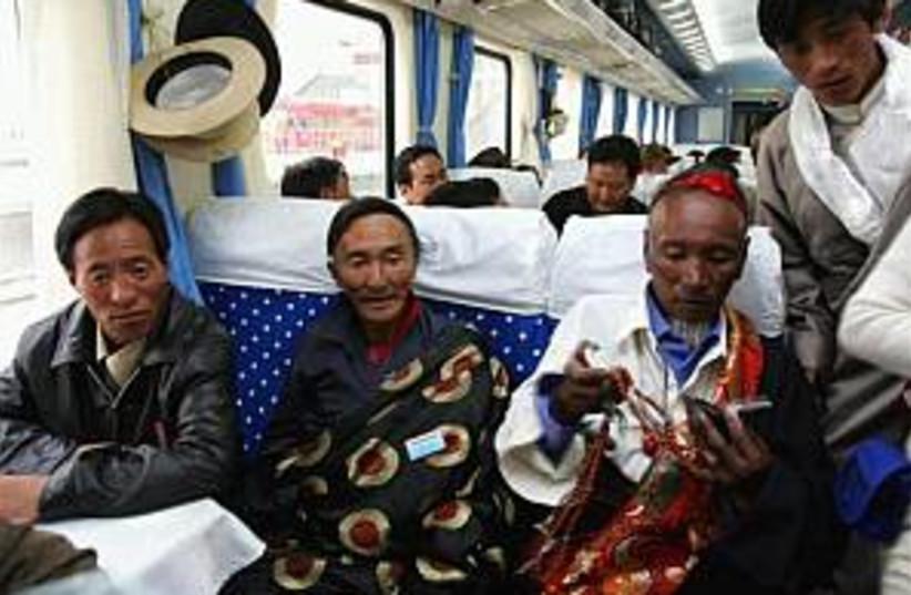 Tibet train 298 ap (photo credit: AP)