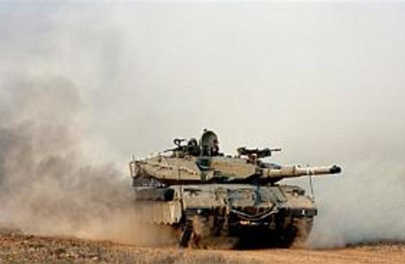 N.Gaza tank 298 88 (photo credit: AP)