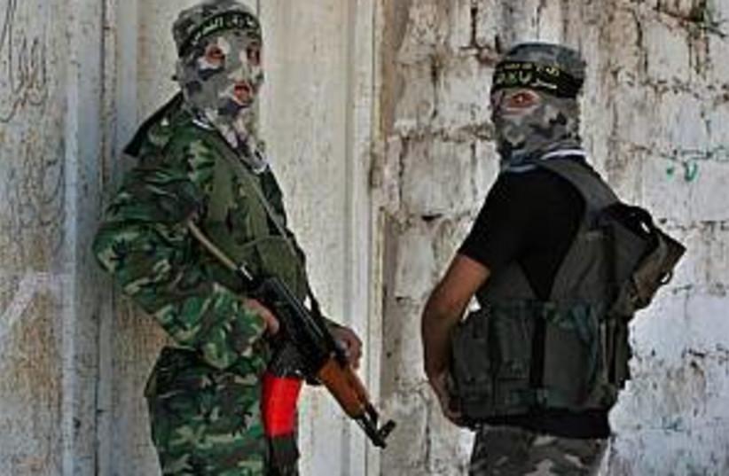 hamas in gaza city 298 a (photo credit: AP)