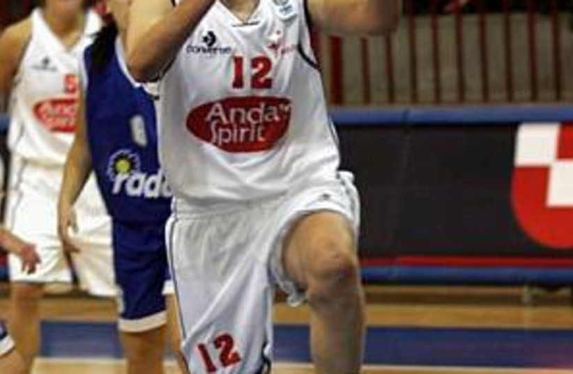women basketball 298.88 (photo credit: Ido Rosenthal)