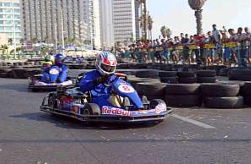 cart racing 298.88 (photo credit: )
