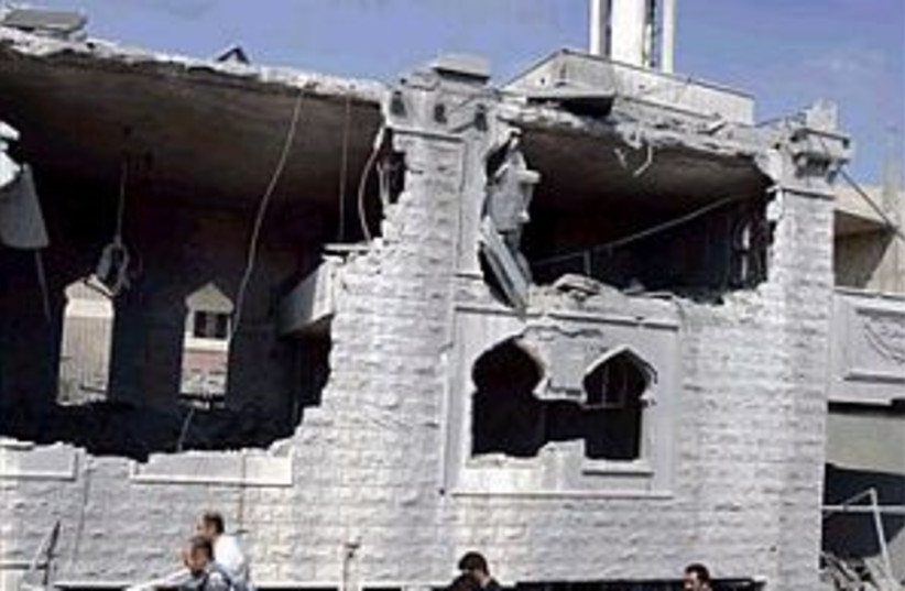 qana rubble 2 298.88 (photo credit: AP)