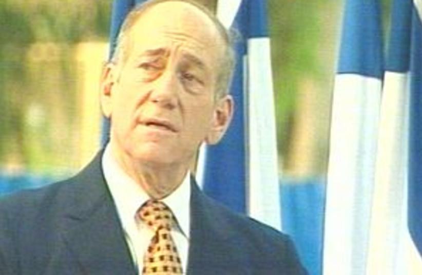 Olmert speeks 298.88 (photo credit: Channel 10)