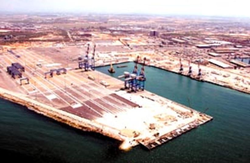 ashdod port 88 298 (photo credit: Courtesy )