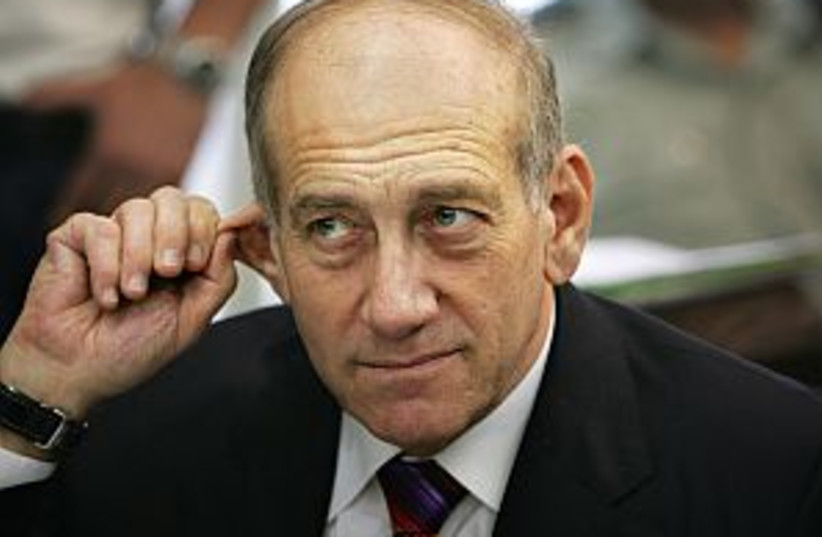 olmert ear 298 88 (photo credit: )