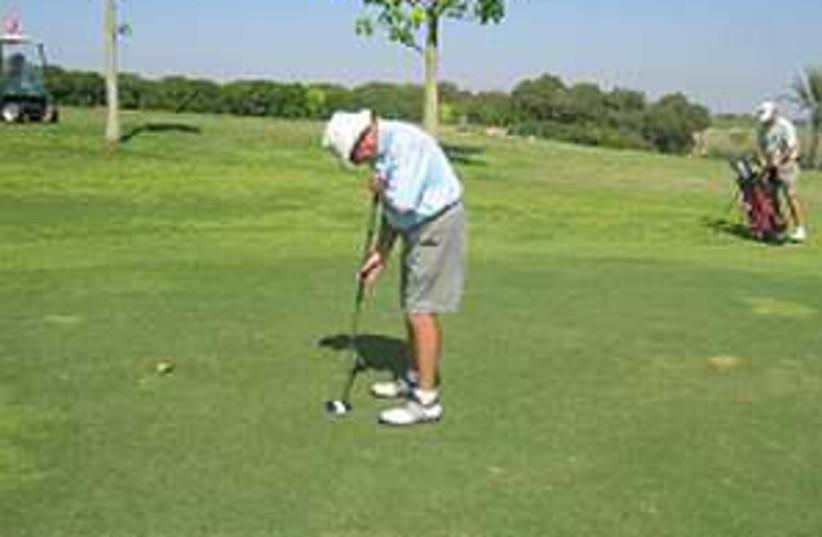 golf cyril kaufman 224.88 (photo credit: Tamar Partoush)