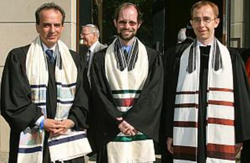 german rabbis 298 88 (photo credit: AP)