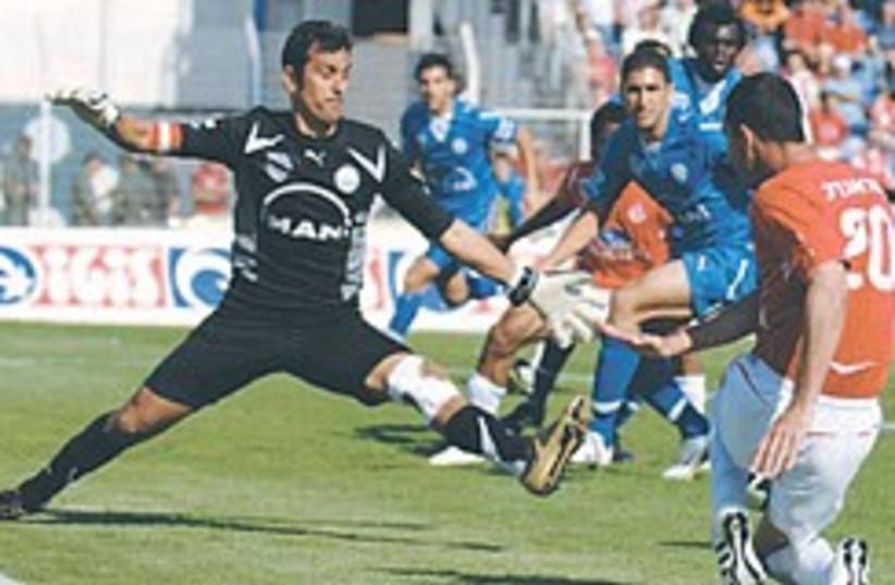 hapoel ta soccer action 248.88 (photo credit: Asaf Kliger)