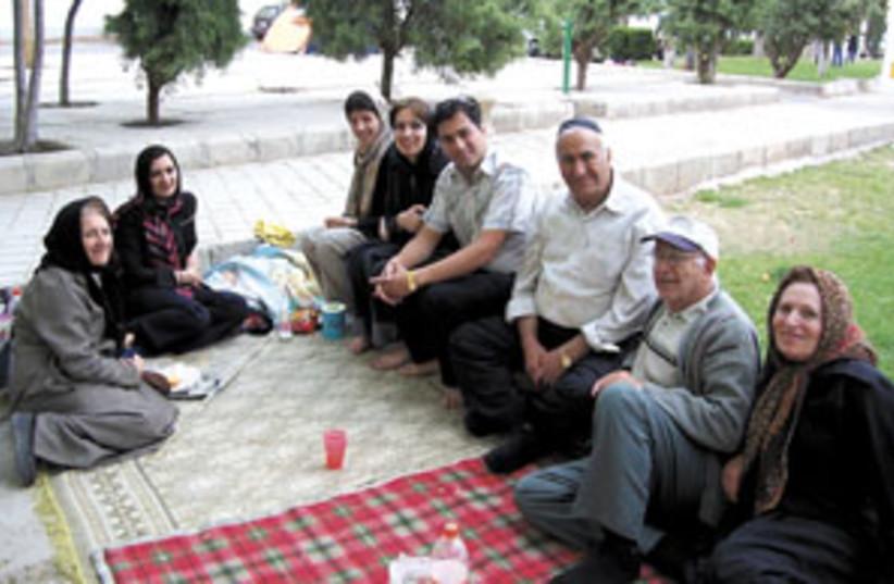 iranian jews picnic 298 (photo credit: seth wikas )