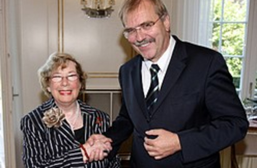Attorney and Israel critic Felicia Langer receives (photo credit: Baden-Württemberg State Website)