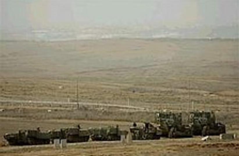 IDF near Beit Hanoun (photo credit: AP)