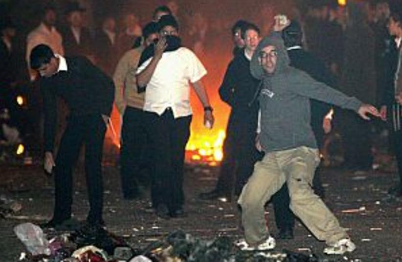 haredi anti gay riots  (photo credit: Ariel Jerozolimski)