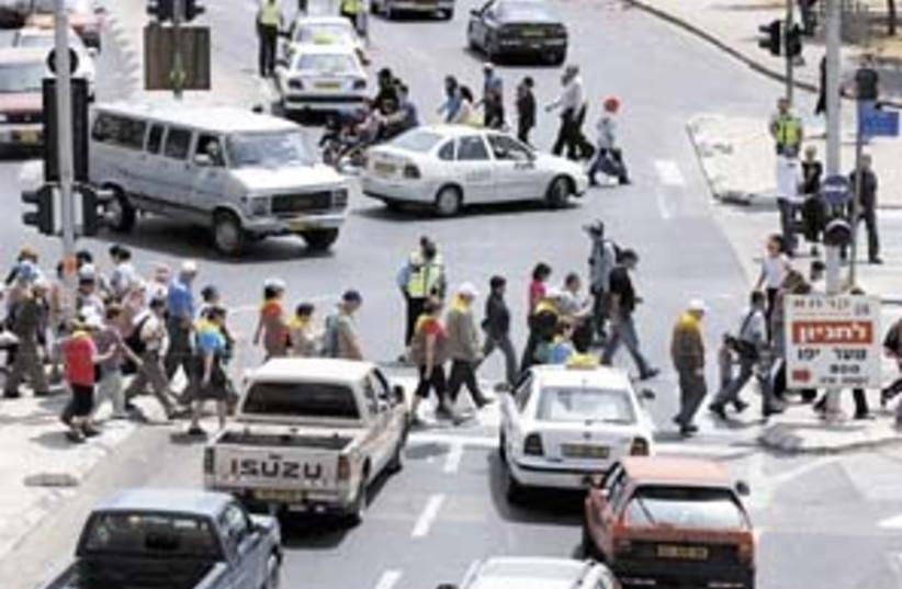 traffic jerusalem 298 AJ (photo credit: Ariel Jerozolimski)