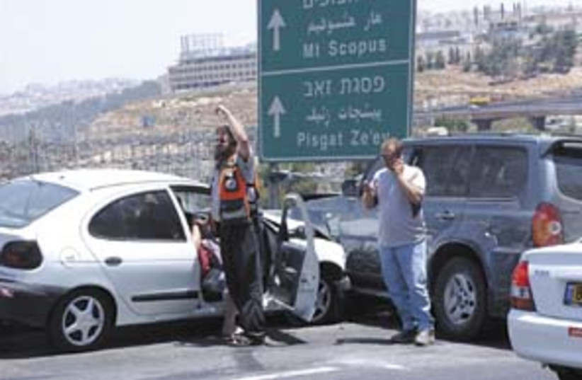accident traffic 298.88 (photo credit: Ariel Jerozolimski)